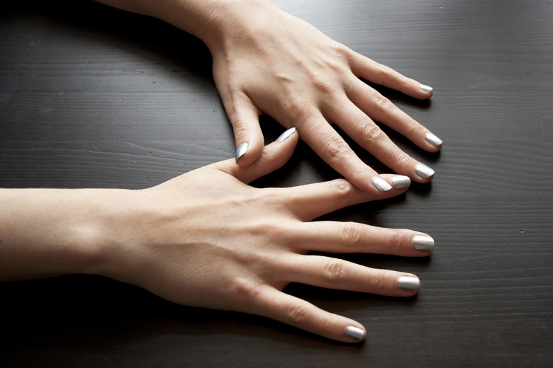 silver-manicure-Barry-M
