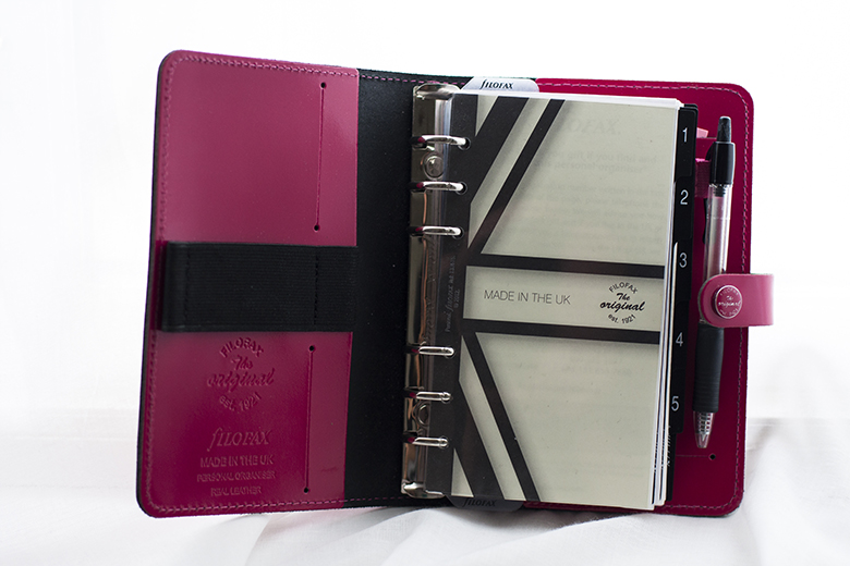 Filofax_the_original_personal_patent_fuchsia_first_page